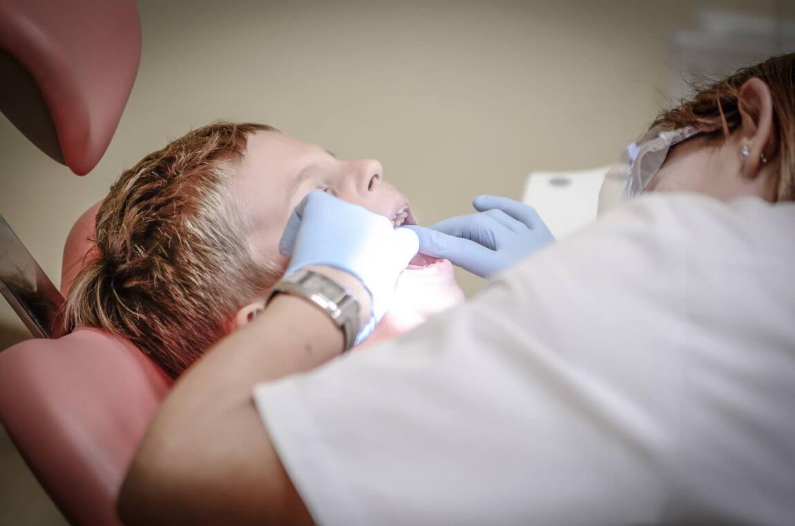 dentist-tooth-pain.jpeg